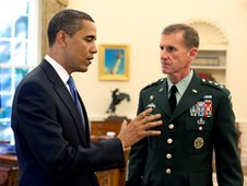 Barack Obama and Stanley McChrystal (19 May 2009)