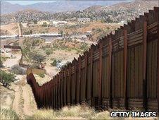 Arizona-Mexico border fence