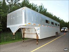 The abandoned trailer (22 June 2010)