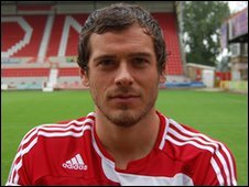 Swindon Town defender Gordon Greer