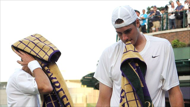 Nicolas Mahut and John Isner 