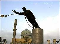 Statue of Saddam Hussein, Baghdad - 9 April 2003