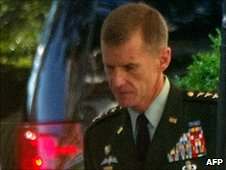Gen Stanley McCrystal arrives at the White House, 23 June