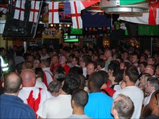England fans watch the game in Walkabout, Birmingham