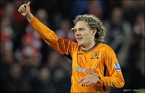 Jimmy Bullard celebrates with Hull