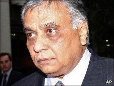 Jayant Patel arrives at the Supreme Court (26 June)