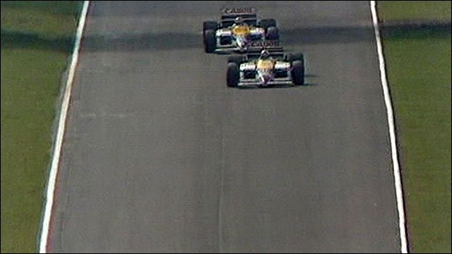 Nigel Mansell gets past Nelson Piquet at Brands Hatch