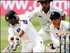 Pakistan captain Shoaib Malik hits out