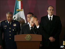 President Felipe  Calderon and his security cabinet meet on 28 June