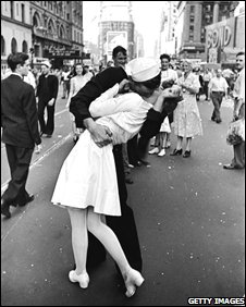 The Kiss in Times Square by Alfred Eisenstaedt (photo: Time & Life images?Getty Pictures