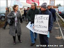 Bethan Jenkins AM meets Visteon workers