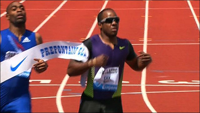 Walter Dix wins the 200m ahead of Tyson Gay