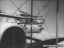 Luftwaffe (British Pathe)