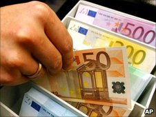 US to access Europeans' bank data in new deal