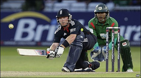 Ian Bell batting at Trent Bridge