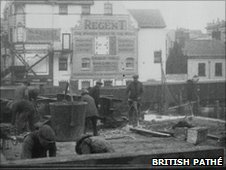 Portland bridge is demolished in 1928