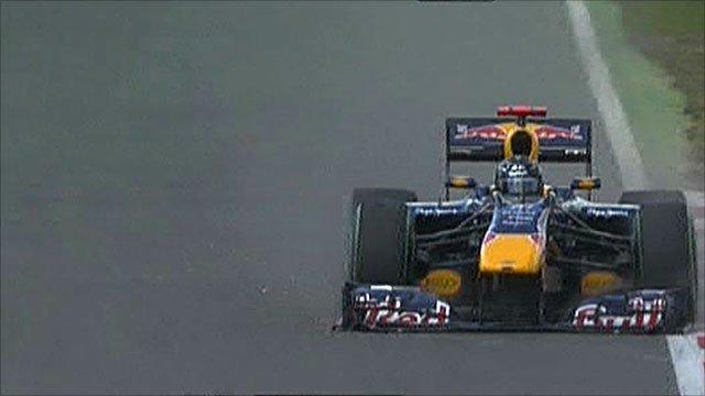 Sebastian Vettel's nose cone comes loose