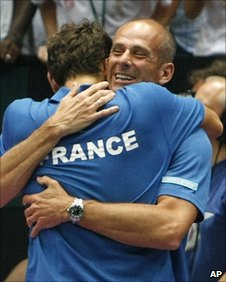 Benneteau and Forget celebrate
