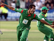 Shafiul Islam leads the celebrations for Bangladesh