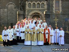 Father David and the visiting clergy picture after his first service