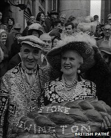 Pearly King & Queen in London