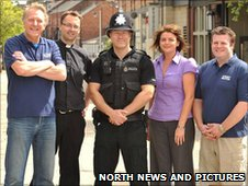 (left to right) Reverend David Burke, Reverend Martin Anderson and Colin Fozzard pictured with Acting Inspector Michael Hall from the City Centre Neighbourhood Police team and Chair of Pubwatch Elaine Griffiths