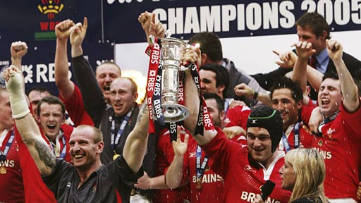 Wales celebrate the 2005 Grand Slam