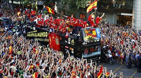 Spain squad return to Madrid