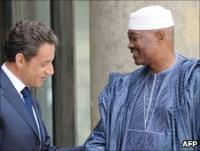 Nicolas Sarkozy and Amadou Toumani Toure at the Elysee Palace