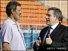 Socrates with former Prime Minister Gordon Brown