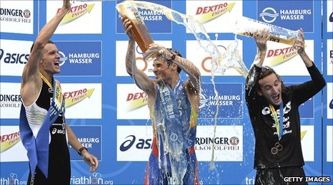 Frodeno, Gomez and Don celebrate in Hamburg
