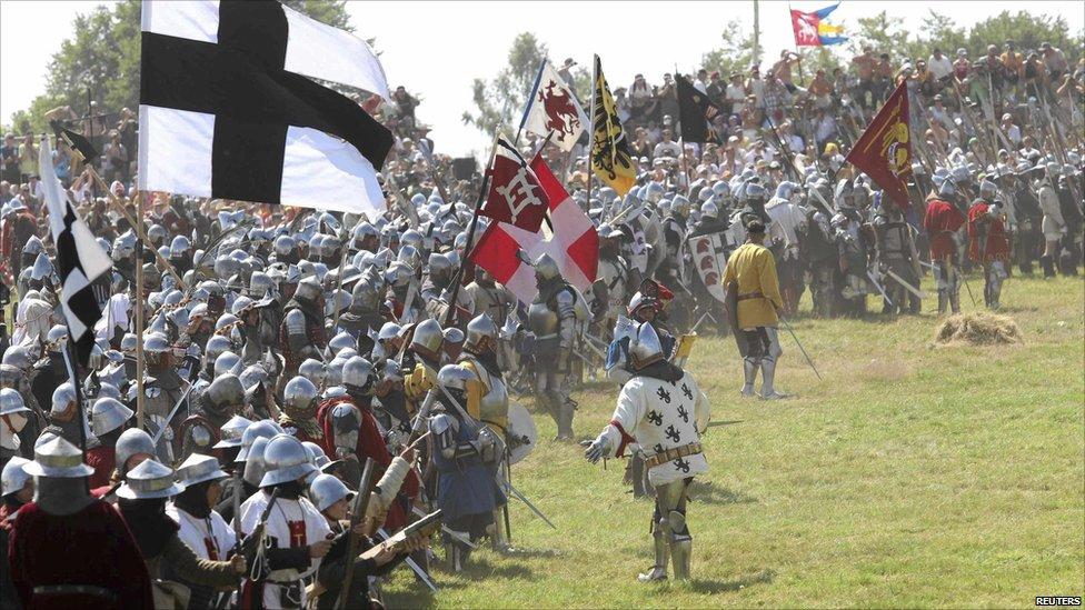 In pictures: Re-enacting Grunwald battle  _48397566_009821986-2