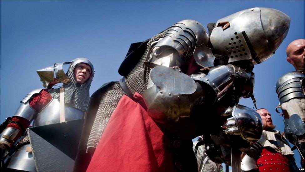 In pictures: Re-enacting Grunwald battle  _48397964_009822494-3