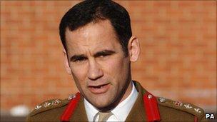 Former commanding officer Jorge Mendonca