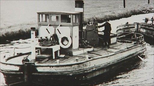 Tom Pudding boat