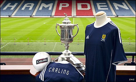 Carling has become a sponsor of the Scotland team and official beer of the Scottish Cup