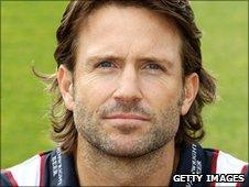 Lancasire wicket-keeper Luke Suttoni