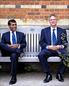 David Hardingham and President Mohamed Rasheed