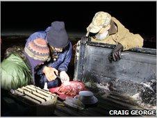 Thewissen examina o bolbo olfactivo @ BBC