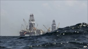 Development Driller II and III at the Deepwater Horizon site 22.7.10