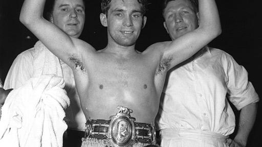 Howard Winstone with Eddie Thomas (right)