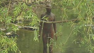 Antony Gormley's Water of Leith statue
