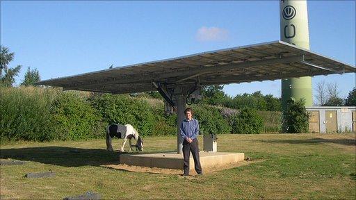 Revolving solar panel at Ecotech