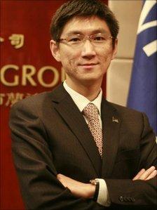 Visa consultant Vincent Chen