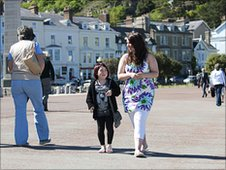 Jasmine and Naomi on Llandudno prom