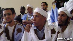 Suspected al-Qaeda militant Sidi Ould Sidna (c) in jail in Mauritania.