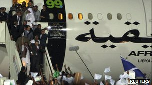 Megrahi arrives in Libya