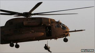 Israeli CH-53 helicopter picks up troops at Hatzerim air base (28 June 2010)