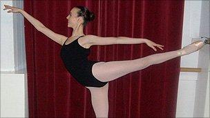 Хейли начинает свой 3-годичный курс в Большом Театре в следующем месяце