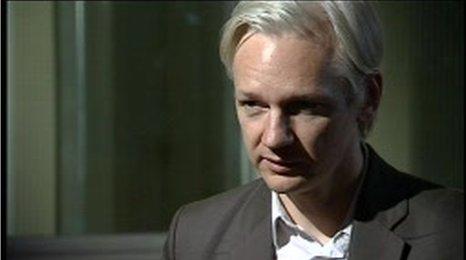 _48517957_assange2_bbc.jpg